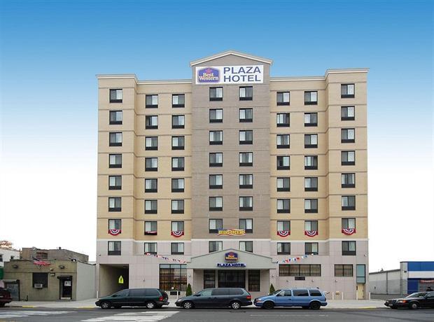 ny-bw-plaza-hotel